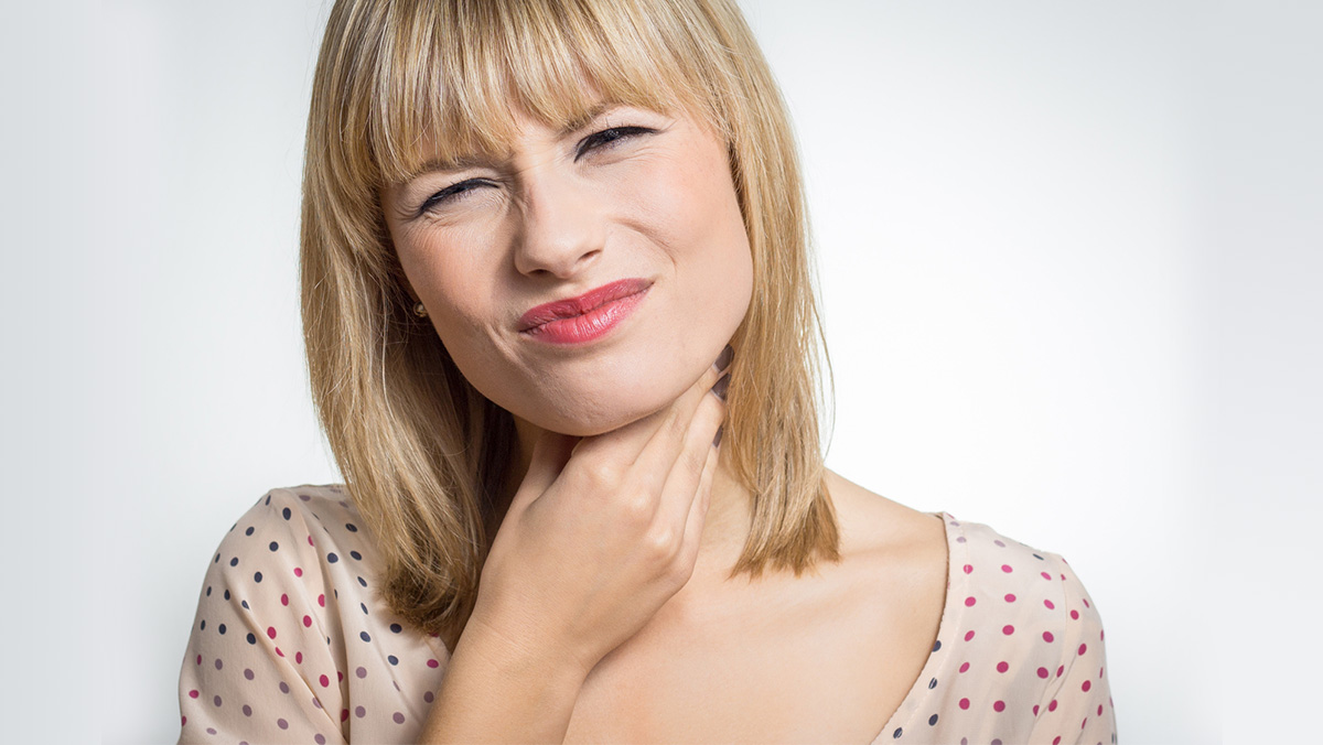 Symptoms and Causes of Constant Tightness in Throat